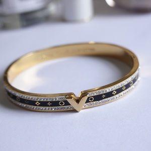 Louis Vuitton bracelet golden